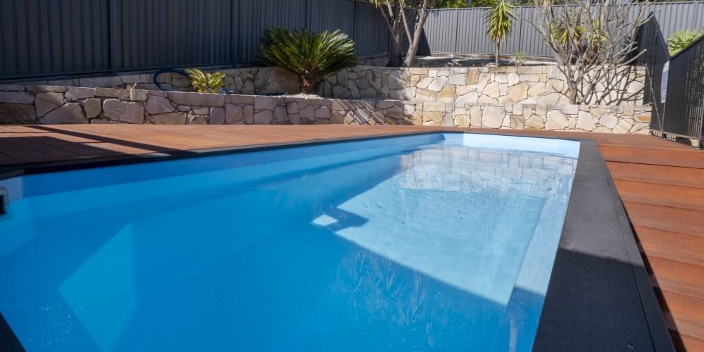 DIY fibreglass pool by Little Pools